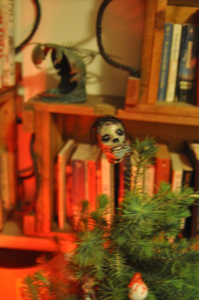 zombie Christmas ornaments | horrorfeminista